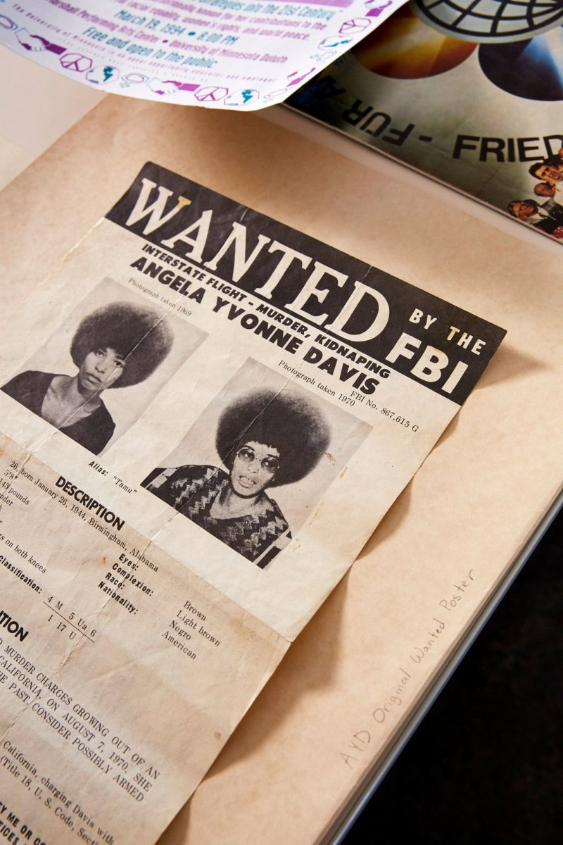 angela davis wanted.jpg